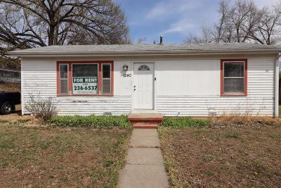 Junction City Single Family Home For Sale: 1240 Pershing Drive