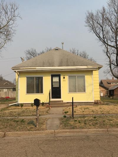 Herington Single Family Home For Sale: 618 North A Street