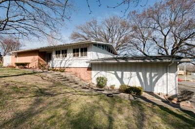 Junction City Single Family Home For Sale: 913 South Adams