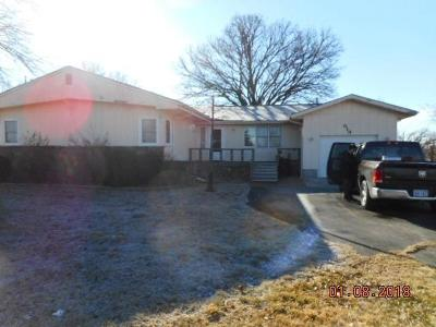 Herington Single Family Home For Sale: 819 Trapp