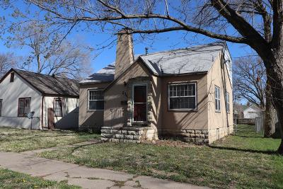 Junction City Single Family Home For Sale: 236 West 1st Street