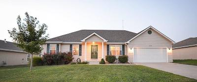 Junction City Single Family Home For Sale: 2722 Anderson Drive