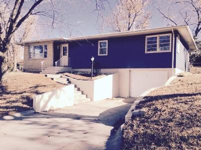 Junction City Single Family Home For Sale: 121 South Bunker Hill Drive