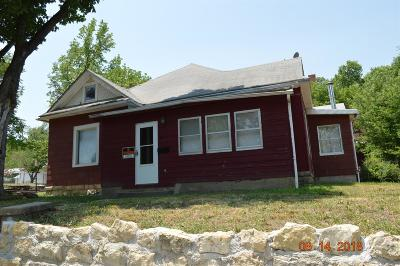 Herington Single Family Home For Sale: 17 South B Street