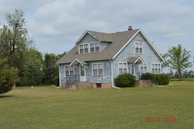 Hope Single Family Home For Sale: 1473 900 Avenue