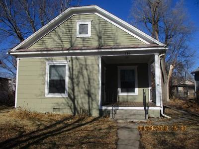 Herington Single Family Home For Sale: 716 West Day