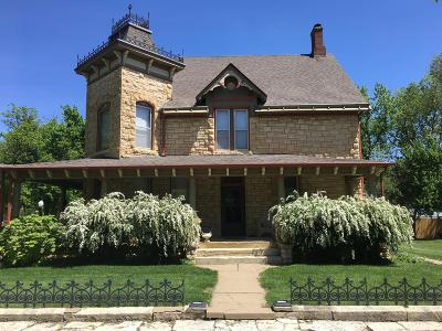 Junction City Single Family Home For Sale: 237 West 3rd
