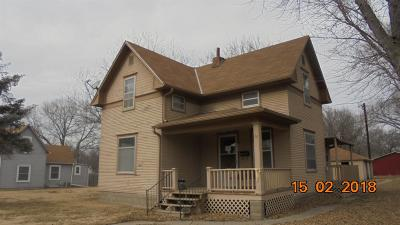 Clay Center Single Family Home For Sale: 225 Crawford