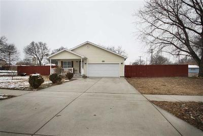 Junction City Single Family Home For Sale: 138 East 1st Street