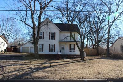Dickinson County Single Family Home For Sale: 1205 North Olive Street