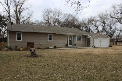 Saline County Single Family Home For Sale: 107 North Ash Street