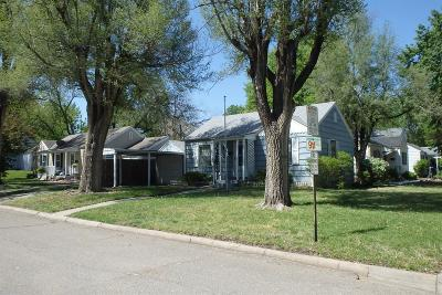 Junction City Single Family Home For Sale: 102 Sunset Drive