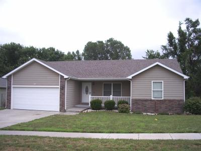 Junction City Single Family Home For Sale: 509 Tallgrass Drive