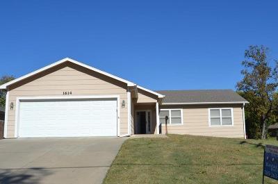 Abilene Single Family Home For Sale: 1614 West 1st Street