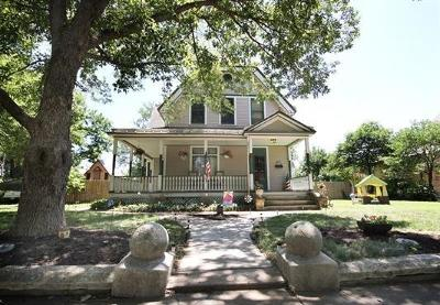Junction City Single Family Home For Sale: 229 West 3rd Street