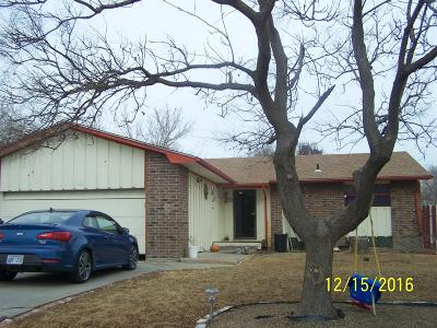 Garden City Single Family Home For Sale: 1101 East Mary