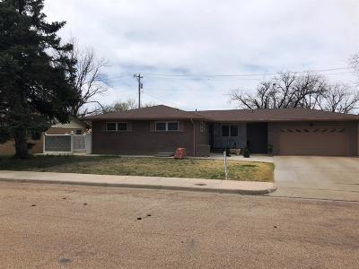 Garden City Single Family Home For Sale: 1217 North Belmont Place