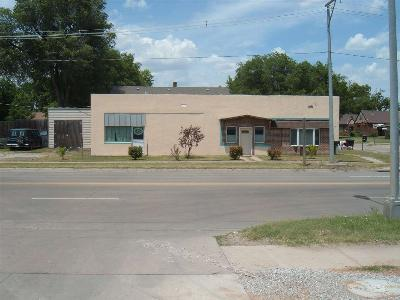 Pratt Commercial For Sale: 622 E 1st St