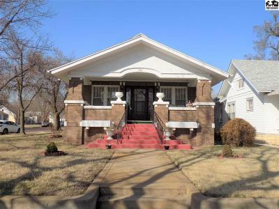 Single Family Home For Sale: 1501 N Main St