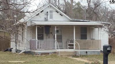 Sterling Single Family Home For Sale: 418 W Adams Ave