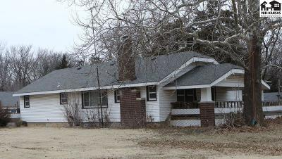 Buhler Single Family Home Uc/C-Continue To Show: 6303 N Buhler Rd