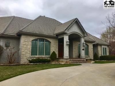 Hutchinson Single Family Home Contingent On Sale And Cl: 2513 Briarwood Ln