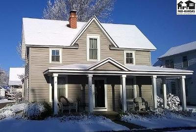 Buhler Single Family Home Contingent On Sale And Cl: 315 N Main St