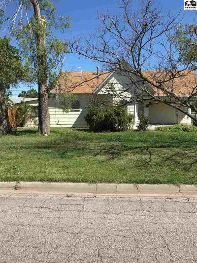St. John Single Family Home For Sale: 702 N Broadway St