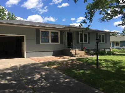 Lyons Single Family Home For Sale: 214 S College