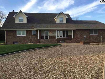 Buhler Single Family Home For Sale: 11110 E 82nd Ave