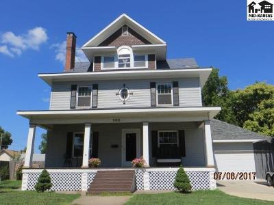 Pratt Single Family Home For Sale: 309 S Pine St