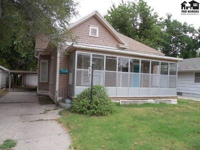 Single Family Home For Sale: 114 E 11th Ave