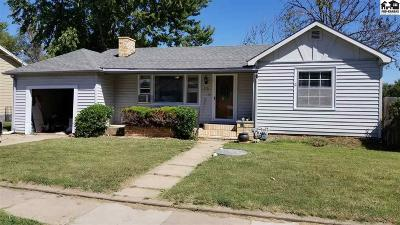 Buhler Single Family Home For Sale: 510 N Main St