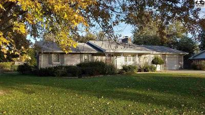 Single Family Home Sale Pending: 3902 Quivira Dr