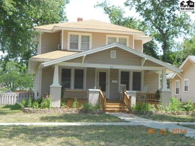 McPherson Single Family Home For Sale: 822 N Maple St