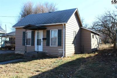 Sterling Single Family Home For Sale: 217 W Main St