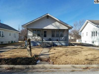 Pratt KS Single Family Home For Sale: $65,000