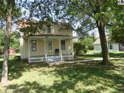 McPherson KS Single Family Home For Sale: $164,900