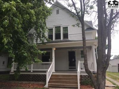 Sterling Single Family Home Contingent On Sale And Cl: 120 N 7th Ave