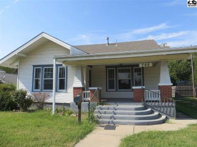 Single Family Home For Sale: 708 W 1st St