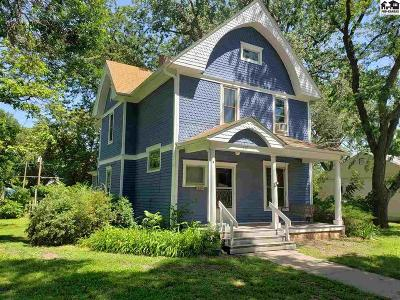 Lindsborg Single Family Home For Sale: 217 S 3rd St