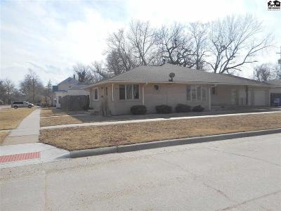 Lyons Single Family Home For Sale: 202 W Washington