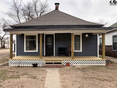 Single Family Home For Sale: 515 W Sherman Ave