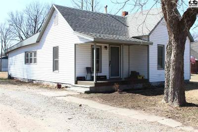 Sterling Single Family Home For Sale: 313 W Main St