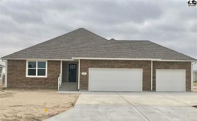 Reno County Single Family Home For Sale: 1407 Hollyhock Dr