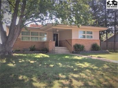 Pratt Single Family Home For Sale: 228 N Howard St