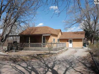 Sterling Single Family Home For Sale: 902 E Main St