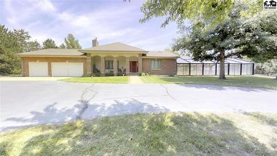 Hutchinson Single Family Home For Sale: 1711 E 56th Ave