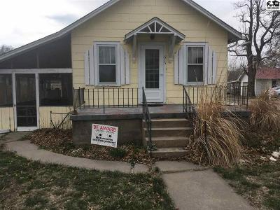 Moundridge Single Family Home For Sale: 615 S Randall Ave