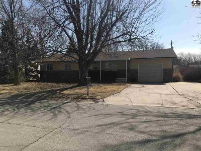 Lyons Single Family Home For Sale: 208 S Clark